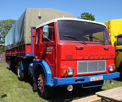 Jelcz truck (Schwanzus_Longus) Tags: wilhelmshaven german germany old classic vintage truck lorry lkw laster lastwagen flatbed trailer freight cargo transport coe cab over engine semi tractor poland polish jelcz 325