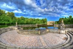Villa Pisani (giannipiras555) Tags: nuvole clouds water panorama statue villa museo italia riflessi