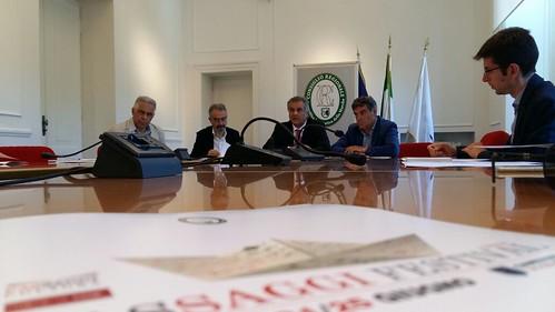 "Regione Marche: presentazione programma libri • <a style=""font-size:0.8em;"" href=""http://www.flickr.com/photos/132467718@N05/34128402063/"" target=""_blank"">View on Flickr</a>"