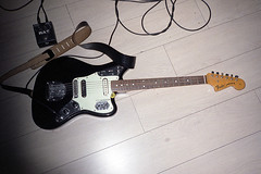 Friend (AntoineLegond) Tags: guitar fender jaguar mij japan seymourduncan humbucker proco rat distorsion punk yashicat4 zeiss analog film pointandshoot onemanband collerette