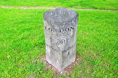 8 miles to Farnham, Frimley (stavioni) Tags: eight mile milestone frimley farnham stone