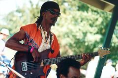 SF - The King of Funk (rumimume) Tags: rumimume 90s owensound ontario canada kelsobeach photo music festival summerfolk performer outdoors people folk fun summer august weekend