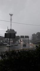 #Lluvia en #Ciudad de #Guatemala #Trafico #Vehiculo #Car #tormenta #Transito (Quique Chapetón) Tags: transito lluvia car guatemala tormenta vehiculo ciudad trafico
