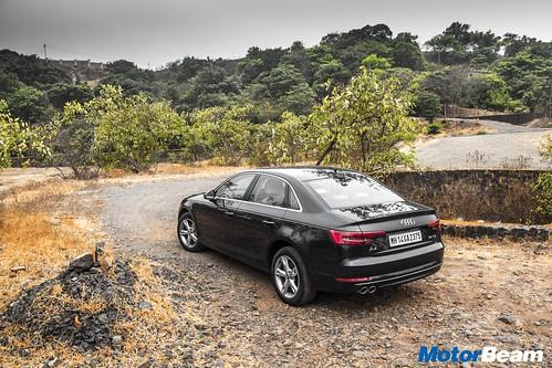 2017-Audi-A4-Diesel-08