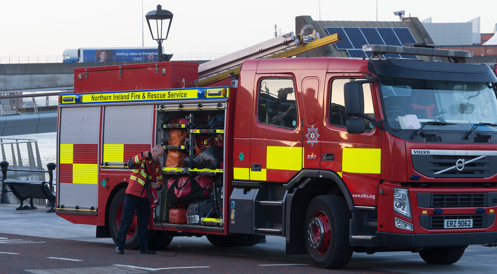 NORTHERN IRELAND FIRE AND RESCUE SERVICE IN BELFAST [SRT APPLIANCE]-129105