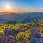 Bearfence Mountain sunset [explored] thumbnail