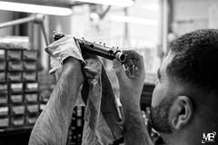 "L1000070 (mich53 - thank you for your comments and 5M view) Tags: leicamtype240 summiluxm11450asph monochrome noirblanc blackwhite fabriquéenfrance musique instrument hautbois précision mains manuel télémètre atelier lorée fabrication usinage made france music oboe precision precisionwork hands manual rangefinder workshop manufacturing machining frankreich musik genauigkeit ""work präzision"" hände handbuch entfernungsmesser werkstatt herstellung bearbeitung オーボエ travaildeprécision"