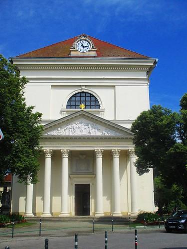 Slavkov u Brna - kostel Vzkříšení Páně