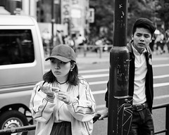 Heartbreak (Jesús Simeón) Tags: sundayafternoon yoyogikoen japan streetphotography blackandwhite blackwhite monochrome