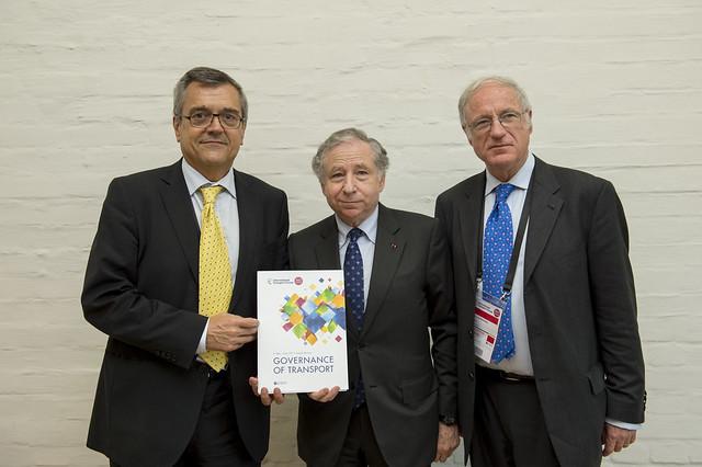 José Viegas, Jean Todt and José Luis Irigoyen posing for a picture