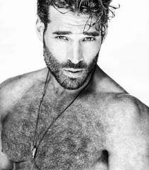 1318 (rrttrrtt555) Tags: hair hairy chest muscles beard necklace chain stare freckles curls shoulders eyes armpit masculine
