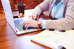 De acordo com pesquisa, os brasileiros se expões demais na internet (doido.mimoso) Tags: comportamento internet pesquisas