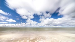 Getting energy at sea (Ellen van den Doel) Tags: flakkee natuur landscape nature water overflakkee outdoor zee sea goeree ouddorp beach long landschap strand exposure zand 2017 sky clouds sand lucht wolken april zuidholland nederland nl
