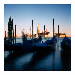Venice - Agfa XPS 160 exp* (magnus.joensson) Tags: italy island rolleicord v agfa portrait xps160 exp2006 c41 6x6 venice longtime littlestop