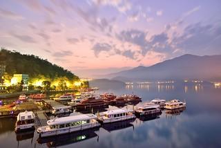Dawn at Sun Moon Lake