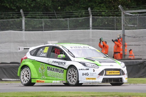 Josh Cook in BTCC action at Oulton Park, May 2017