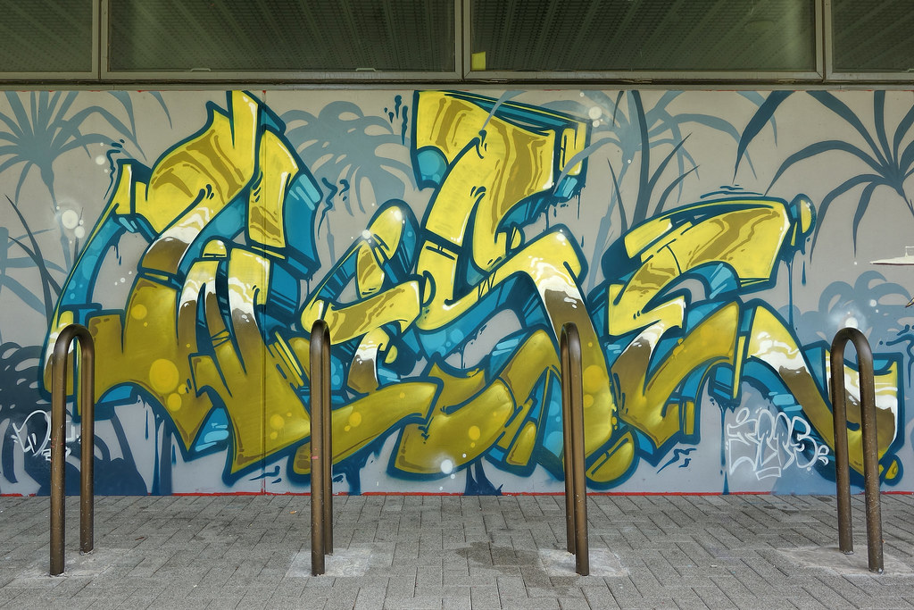 Bien-aimé The World's newest photos of graffiti and robots - Flickr Hive Mind RJ04