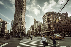 On 5th & Broadway (Explore) (PetterPhoto) Tags: newyork flatiron building pedestrians citylife city urban summer sky people candid streetphotography street streetlife petterphoto pettersandell