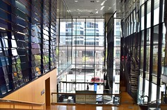 Peter Gilgan Centre for Research and Learning, Doors Open 2017, 686 Bay Street, Toronto, ON (Snuffy) Tags: petergilgancentreforresearchandlearning doorsopen doorsopen2017 686baystreet toronto ontario canada amphitheatre level1photographyforrecreation