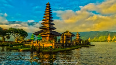 The Lake Temple (The Happy Traveller) Tags: bali lake temple puraulundanuberatan purabratan lakebratan indonesia