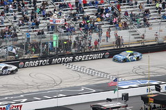 ....and the winner is.....Jimmie Johnson !!!!! (Hazboy) Tags: hazboy hazboy1 nascar auto car race racing bristol motor speedway food city 500 tennessee sport usa us america 48 jimmie johnson