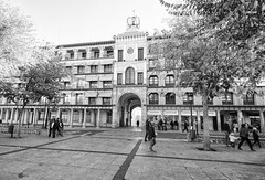 Streets of Toledo (rschnaible) Tags: toledo spain espana europe building architecture sightseeing tour tourist history historical old bw black white photography monotone
