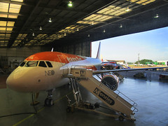 IMG_0111 (Roger Brown (General)) Tags: a320 neo new engine option is easyjets latest purchase their fleet 300th airbus purchased by easyjet has leap 1a leading edge aviation propulsion engines fitted collected from delivery centre toulouse flown via orly back luton 14th july 2017 orange roger brown canon sx610 hs