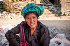 Femme Pao. Lac Inle. Myanmar. (Thierry Leclerc 60) Tags: portrait birmanie lake lac minorité minority inle face eos70d people personne burma asie myanmar natives tribe inlay tribu asia pao