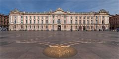 Place du Capitole - Toulouse (LDLS17) Tags: capitole capitolio toulouse place placeducapitole
