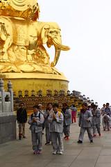 IMG_8849 (..zuzu..) Tags: china silkroad sichuan sichuanprovince emeishan