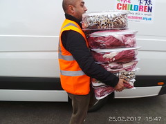 BLANKETS FOR REFUGEE CHILDREN (info@4thechildren.org.uk) Tags: for the children 4thechildren 4 hunger starvation donation aid food humanitarian school education orphans uk yemen syria gambia africa famine middle east war crisis refugees kids adult people projectprogramwidowsfacessignificantcholeraoutbreak saysunbbcnewsorphans charity