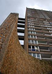 Urban walk 20 May 2017: Lewisham to Mile End 61 (neil mp) Tags: london towerhamlets poplar e14 balfrontower balfron ernőgoldfinger goldfinger modernism brutalism c20soc twentiethcenturysociety brownfieldestate harca londonewcastle blackwalltunnelapproach stleonardsroad andrewstreet architecture concrete