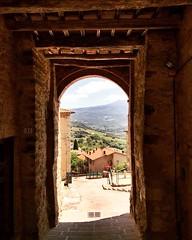 Good morning world!! 😍 @borghettobb #like #follow #borghetto #montalcino #tuscany #travel #discover #world #enjoy #landacape #peaceful 👍 (borghettob) Tags: like follow borghetto montalcino tuscany travel discover world enjoy landacape peaceful