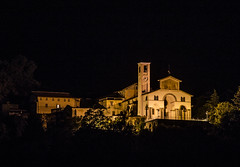 Belmonte in notturna (TO) (DiegoGuidone) Tags: piemonte torino panorama picture canon eos italy italia art desktop sfondi sfondo tema diego guidone belle foto colori colors photo photografy fotografia pictures geotagged landscape light photocard wallpapers good cove concordians tetto architettura edificio 6d notte skyline bordo di una città allaperto sole nuvola cielo calma sigma 150600 collina paesaggio montagna cima catena montuosa pont canavese neve chiesa santuario belomnte valperga to