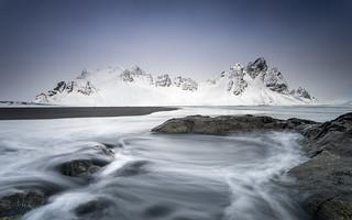 Water & Mountain