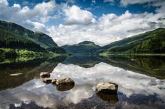 Loch Lubnaig (daedmike) Tags: scotland loch lochlubnaig reflection mirror hills trees stones shore banks clouds sun mirrorimage symetry