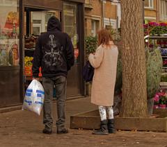 Le sac poubelle - The trash bag (p.franche malade - sick) Tags: bruxelles brussel brussels belgium belgique belgïe europe pfranche pascalfranche panasonic fz200 hdr dxo flickrelite urban snapshot people instantané urbaine sac poubelle trash bag man woman homme femme etterbeek