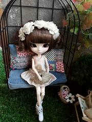 Columpio sofá - Cosette (Lunalila1) Tags: doll groove junplaning pullip handmade outfit costura furniture cage jaula robe vert clair midori fukazawa cosette beauvoir