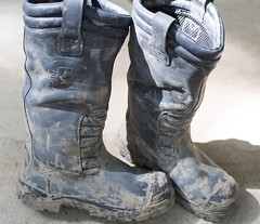Pull on boots (MudboyUK) Tags: boots dirty muddyboots riggerboots workboots filthyboots bunkerbootsmuddyworkboots