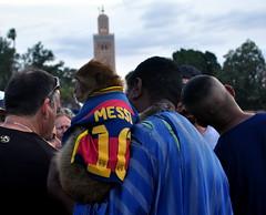 Messi na Praça (fabian.kron) Tags: marrocos morocco messi jogador macaco monkey koutoubia mesquita mosque jeema fna praça