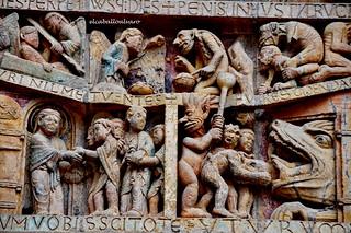 535 – El Destino - Tímpano - Abadía Sainte Foy – Conques (France).