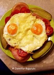 breakfast (Bernsteindrache7) Tags: spring eat food color indoor handy