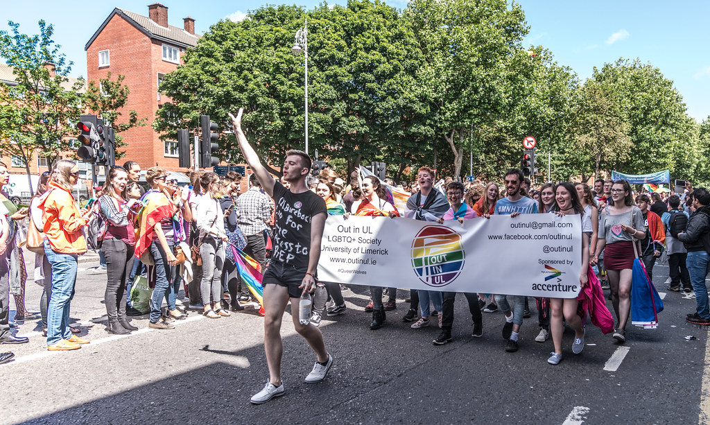 LGBTQ+ PRIDE PARADE 2017 [ON THE WAY FROM STEPHENS GREEN TO SMITHFIELD]-130057