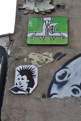 Oré, A.2. (emilyD98) Tags: quetzalcóatl oré a2 street art insolite paris serpent mur wall rue butte aux cailles urban exploration city ville installation la 75013 13 ème 13ème