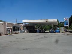 Esso - Mile End Service Station, Dolgellau, Gwynedd (christopherbarker13) Tags: exxon esso petrolstation garage mileendservicestation dolgellau gwynedd