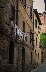 DSC_0030.jpg (saladino85) Tags: tour tuscana buildings tuscany scenery sunset travel arches piazza sienna italy clocktower hills landscape holiday fort