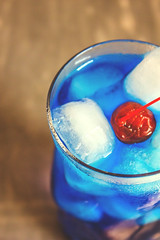 AMF drink recipe, blue cocktail with tequila, rum, gin, vodka blue curacao (Wine Dharma) Tags: amfdrinkrecipe bluecocktailwithtequila rum gin vodkabluecuracao blue cocktail blu ice cocktails cocktailrecipe cocktailestivi cibo cocktailricetta cocktailallafrutta cocktailconvodka tequila triplesec tea tequilacocktail afterdinner water notes ricetta recipe recipes ricettacocktail restaurant romagna refreshing red relaxation refreshment relax amf adioscocktail freeamfphoto adiosmotherfuckercocktailfreephoto freepic freephoto free bluecocktailfreephoto cherry maraschino drink drinkporn drinking dessert drinkrecipe drinks dolce delicious dish daiquiri dolci creativecommons