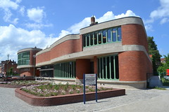 Bibliotheek, Schoten (Erf-goed.be) Tags: bibliotheek renaatbraem schoten archeonet geotagged geo:lon=44997 geo:lat=5125 antwerpen