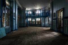 Le salon bleu (ForgottenMelodies) Tags: abandoned abandonné decay derelict exploration forgotten k3 lost old oublié pentax urbex castle forgottenmelodies nicolasauvinet