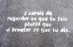 Words on pavement [Lyon, France] (biphop) Tags: europe france lyon croixrousse streetart words pavement message trottoir ecouter fais dis